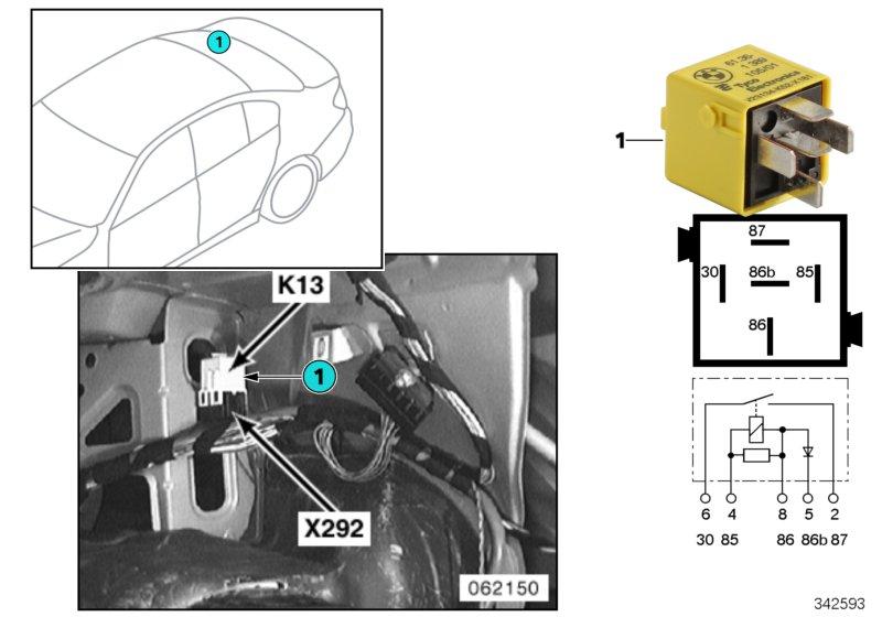 AM33 Relay for heated rear window K13 61_3395